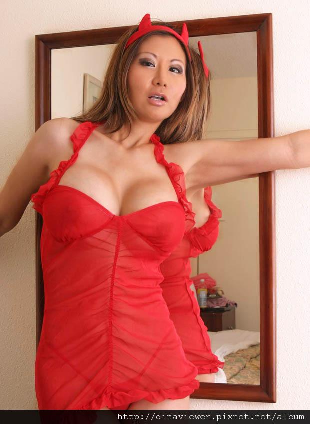 Li-Ling-Ling-6.jpg