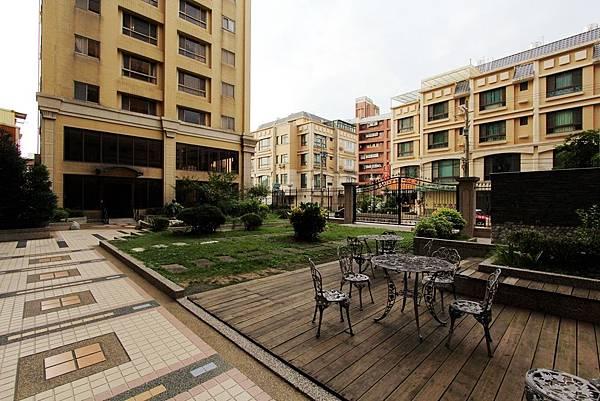 幸福學苑高樓視野三房+平面車位798萬_170909_0001