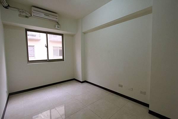 幸福學苑高樓視野三房+平面車位798萬_170909_0015