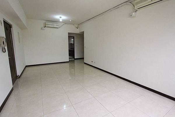 幸福學苑高樓視野三房+平面車位798萬_170909_0007