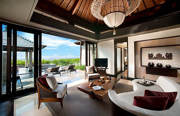 banyan-tree-hotel.jpg