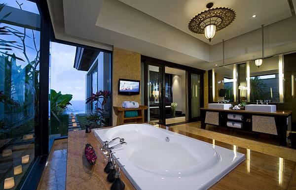banyantree_ungasan_bali_011_pool_villa_bathroom.jpg