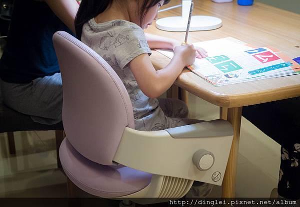 椅子-3.jpg