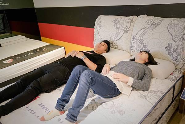 硬床墊-床的世界