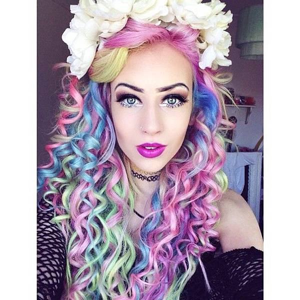 pastel-rainbow-curls