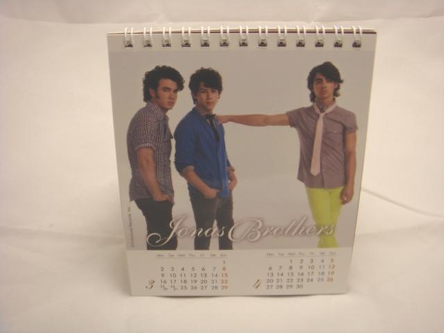 強納斯2009年曆(5).JPG