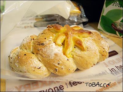 核果麵包.jpg