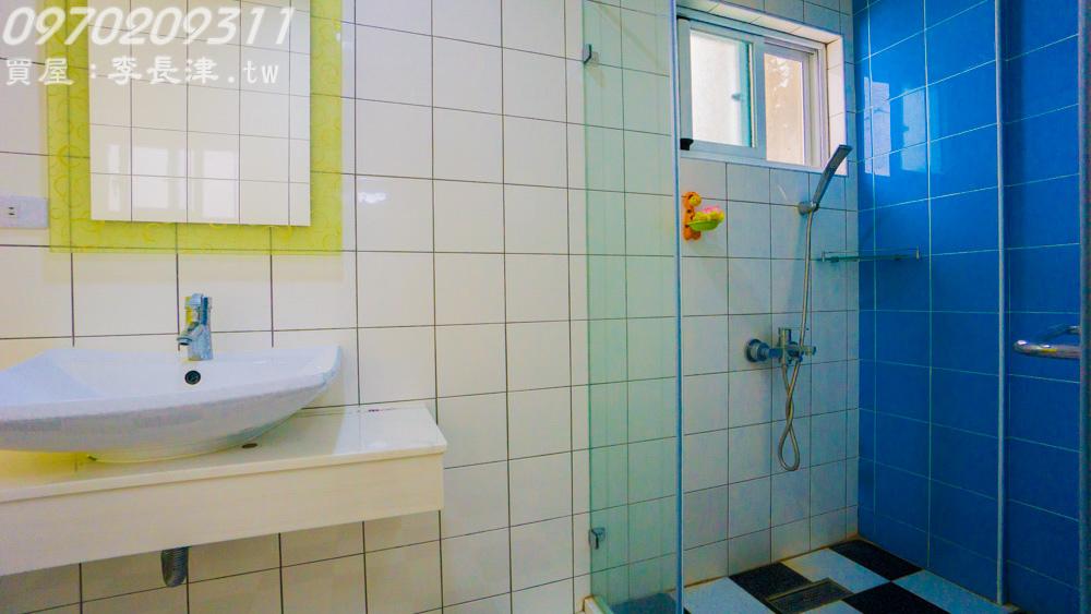 11-2F廁所-3.jpg