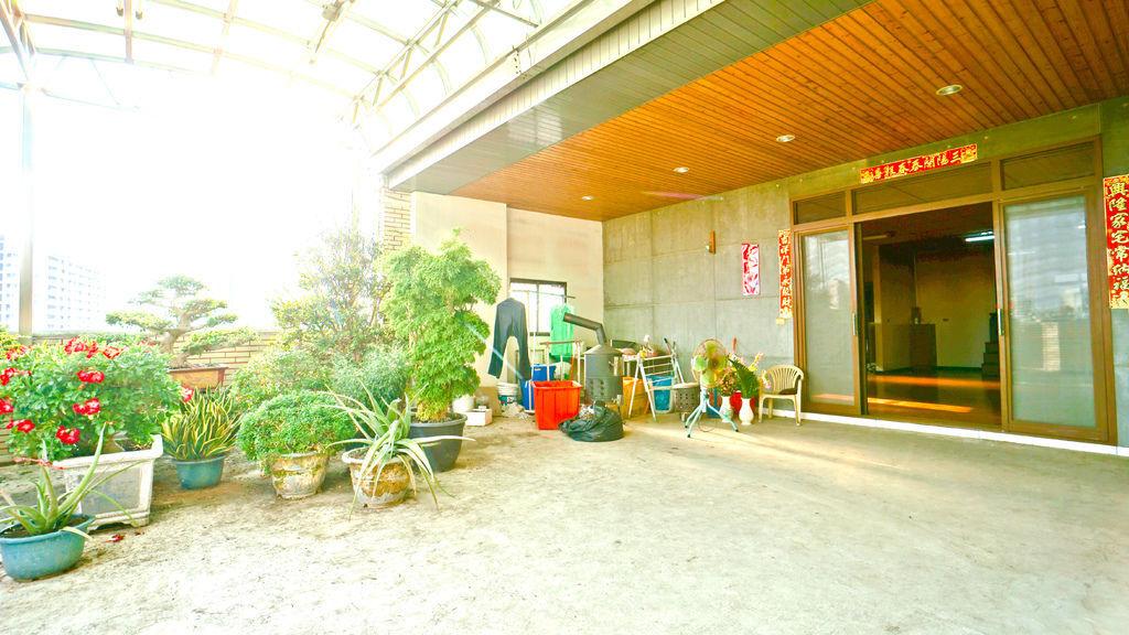 中西區10米面寬電梯鑫店住