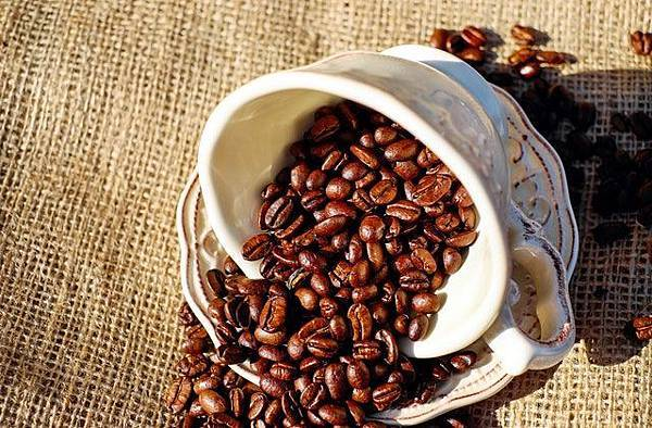 coffee-coffee-cup-porcelain-coffee-beans-134582.jpeg