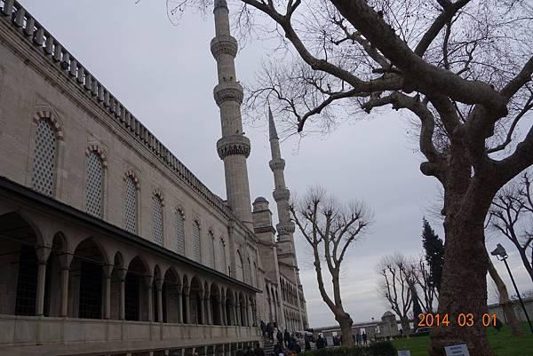 {春秋玉閣} 2014土耳其 之旅 伊斯坦堡 6根尖塔 蘇丹阿赫邁特 藍色清真寺