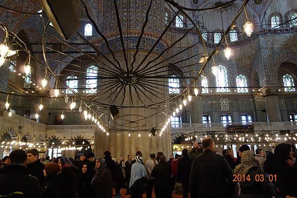 春秋玉閣} 2014土耳其 之旅 伊斯坦堡  蘇丹阿赫邁特 藍色清真寺(2)內部
