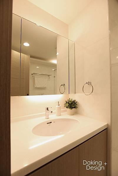 2F廁所-1