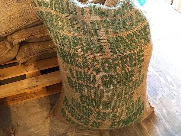 日本咖啡豆14128720_1188531141168806_562683052_n.jpg