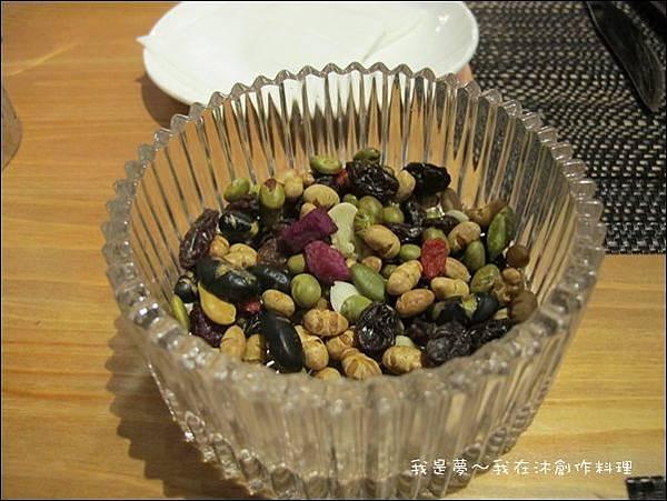 沐創作料理18.JPG