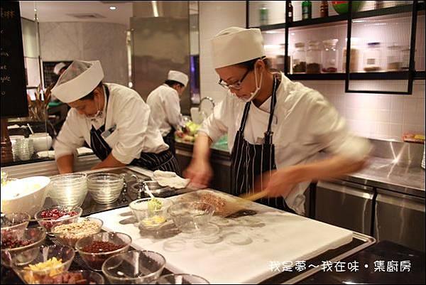 味‧集廚房自助餐19.jpg