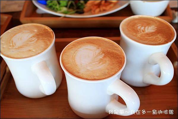 多一點咖啡30.jpg