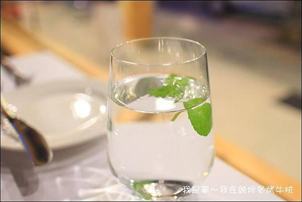 純焠炙烤牛排11.jpg