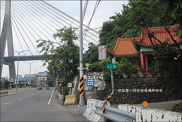 斜張橋畔咖啡01.jpg