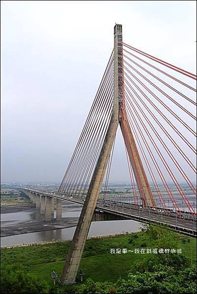 斜張橋畔咖啡10.jpg