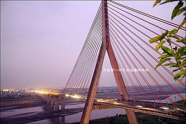 斜張橋畔咖啡15.jpg