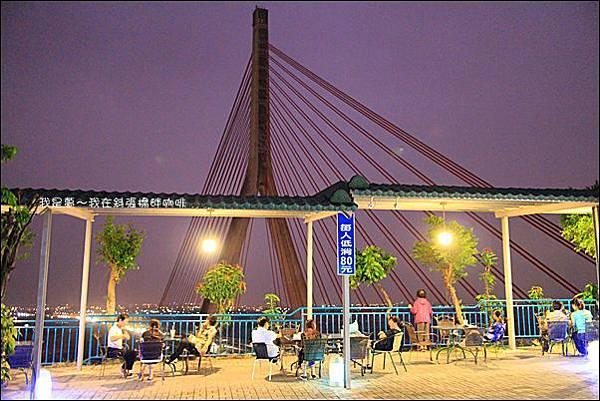 斜張橋畔咖啡16.jpg