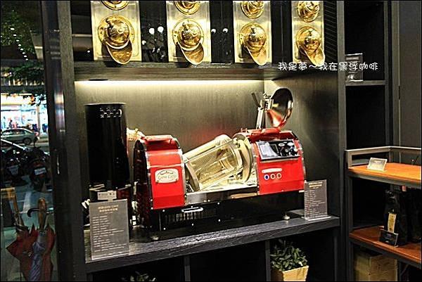 黑浮咖啡02.JPG