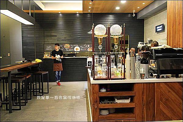 黑浮咖啡03.JPG