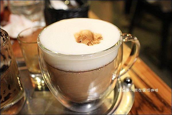 黑浮咖啡08.JPG