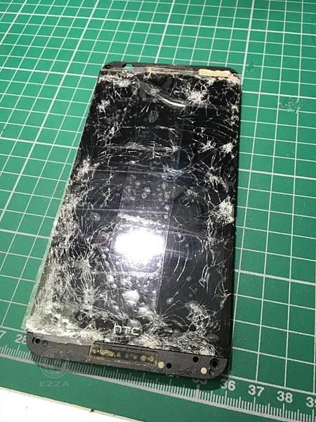 HTC 820面板破裂