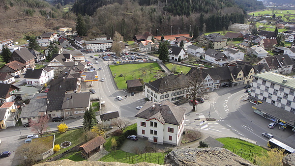山腳下的村莊