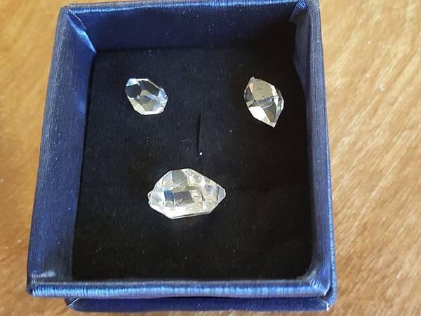 diamond-17