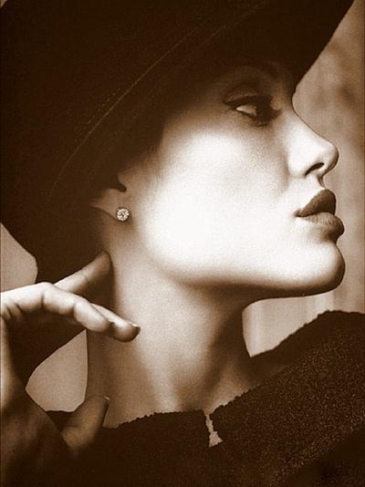 廖苑利 利欣診所 推薦 玻尿酸 隆鼻 墊下巴 推薦 下巴雕塑 推薦 鼻型雕塑手術 推薦 雙眼皮手術 推薦 (3)