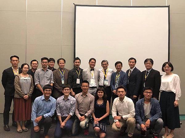 中華醫學會學術研討會_歐令奮醫師發表專題演講05.jpg