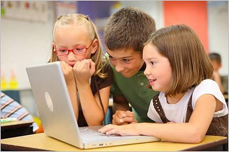 school-kids-computer