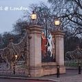 London0310 241.jpg