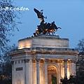 London0310 242.jpg