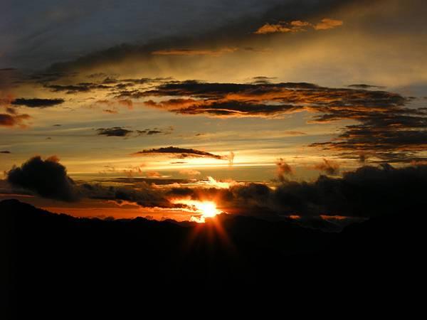 DSCN0135_喜歡太陽的光芒.JPG