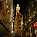 烏菲茲美術館夜景.JPG