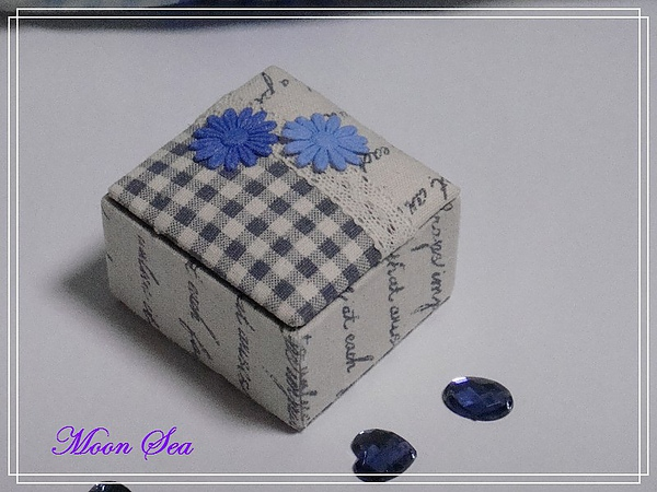 藍色小布盒.JPG