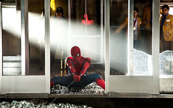 spider-man-homecoming-mit-tom-holland-3.jpg
