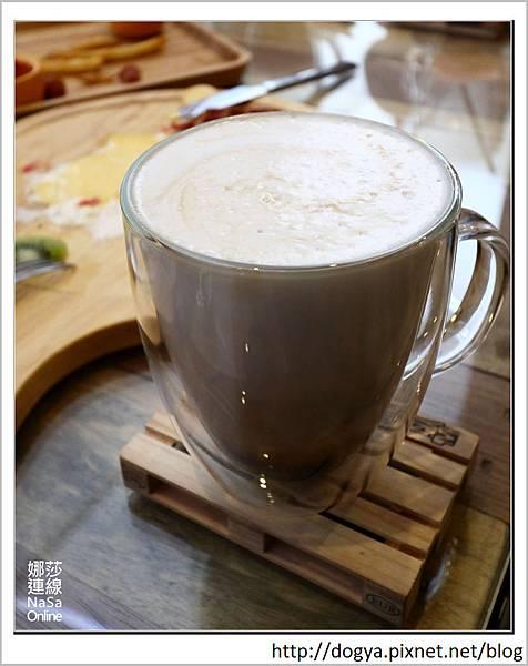 娜莎連線手工寵物零食舖_Nol Ja Korean café 韓式咖啡空間_高雄_寵物友善餐廳08.jpg