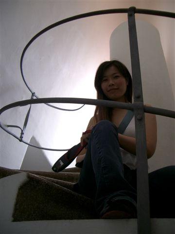 通道頂樓的樓梯