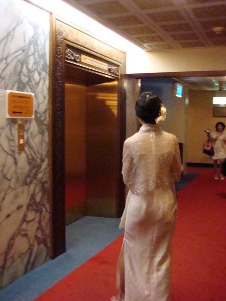 新娘的背影