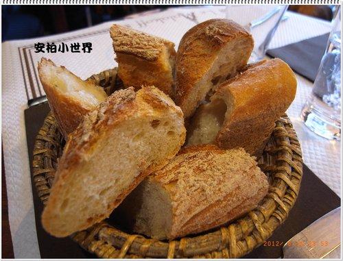 每餐必備的麵包