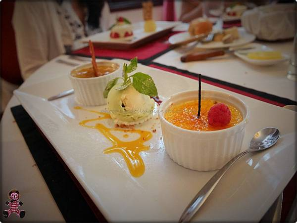 甜點_Vanilla Cream Brulee_香草烤布蕾.JPG