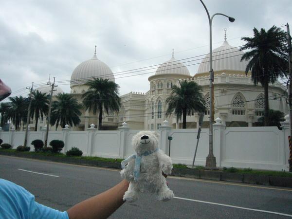 坐火車到花蓮都會經過的清真寺