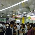 地鐵 出現了返鄉人潮