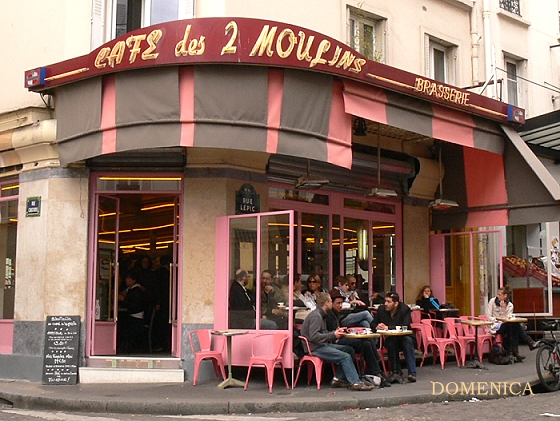 Cafe_des 2 Moulins.JPG