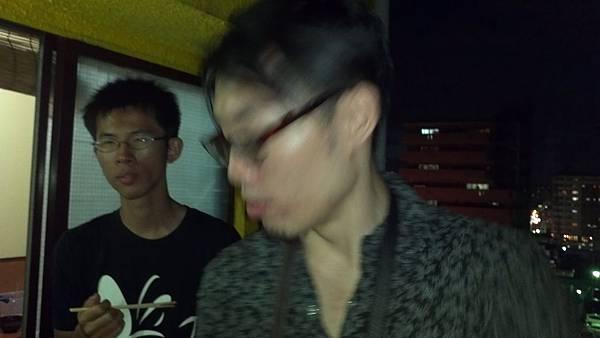2012-08-01_19-47-15_579